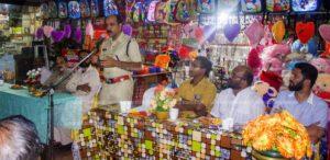 ചാവക്കാട് കാജാ സെന്ററില് നടന്ന ഇഫ്താര് പാര്ട്ടിയില് ചാവക്കാട് എസ് ഐ എം കെ രമേശ് സംസാരിക്കുന്നു