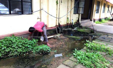 മിനി സിവില് സ്റ്റേഷന് കക്കൂസ് മാലിന്യം പുറത്തേക്കൊഴുകുന്നതില് നടപടിയായി