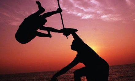 അറുപത് കഴിഞ്ഞ കളരി ഗുരുക്കന്മാര്ക്ക്  പെന്ഷന് അനുവദിക്കണം