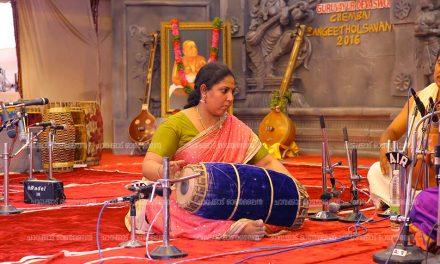 ചെമ്പൈ സംഗീതോത്സവ വേദിയിൽ മൃദംഗത്തിലെ സ്ത്രീ സാന്നിധ്യം ശ്രദ്ധേയമായി
