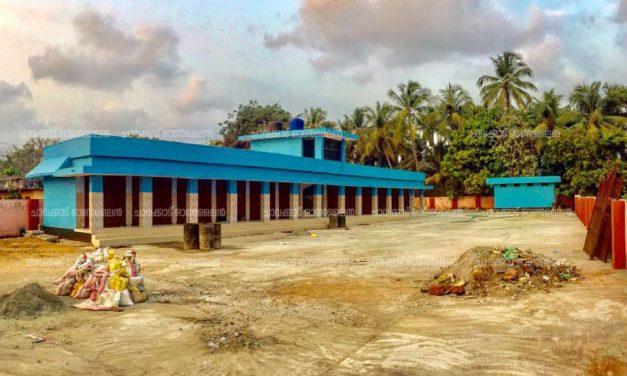 കോവിഡ് – ബ്ലാങ്ങാട് മത്സ്യമാർക്കറ്റിനു ലോക്ക്